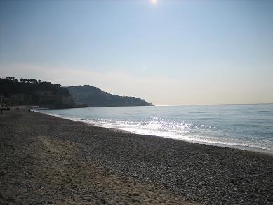 nice-beach-citadelle.JPG