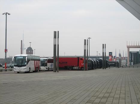 logistik-trucks1