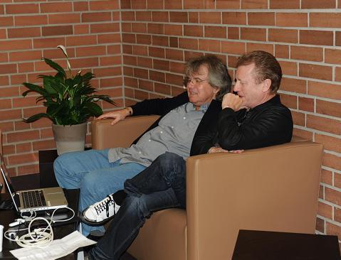 Dirk und John Garderobe