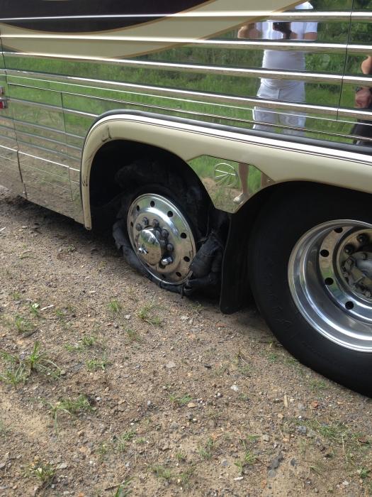 Reifen kaputt Bus small